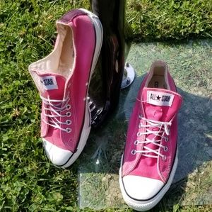 "Converse ""Pink"" Allstars Sneakers"